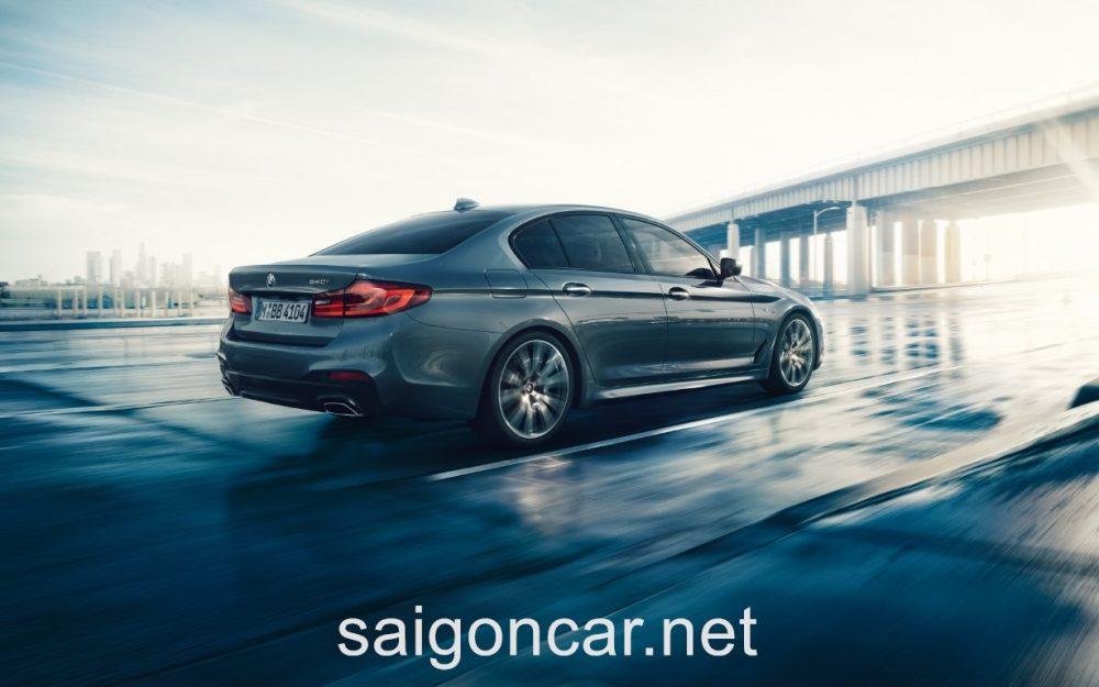 BMW 520i Duoi Sau