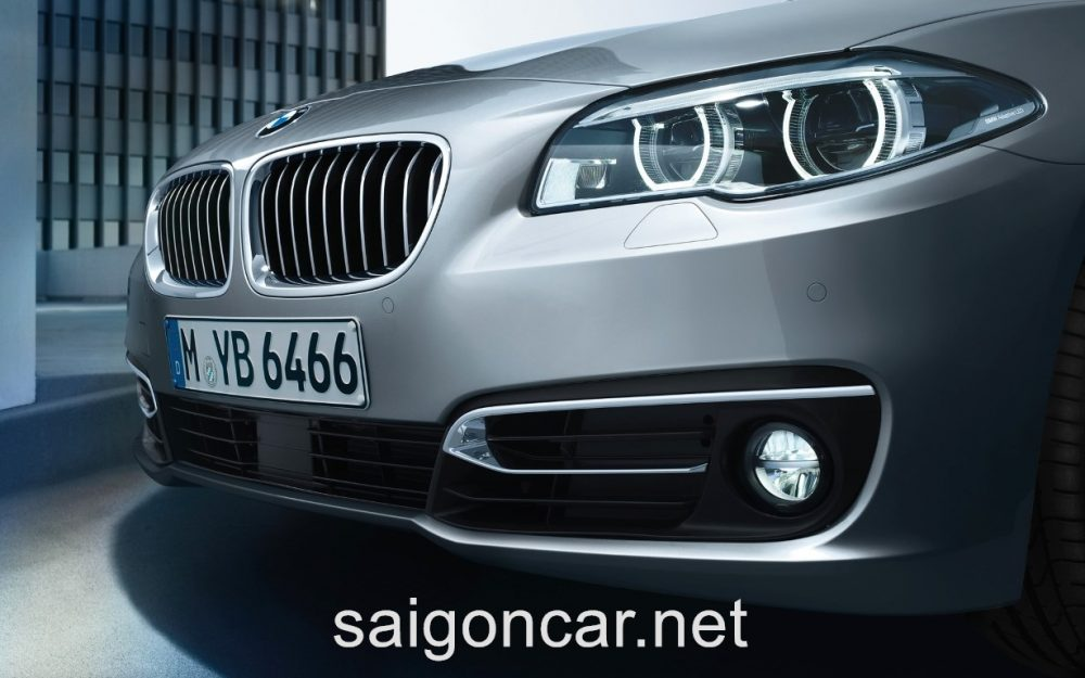 BMW 535i Den Truoc