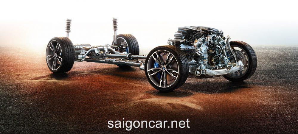 BMW 580i Khung Suon