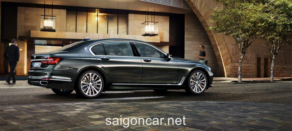 BMW 740i Hong Xe