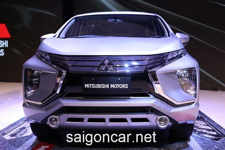 Mitsubishi Xpander Dau Xe