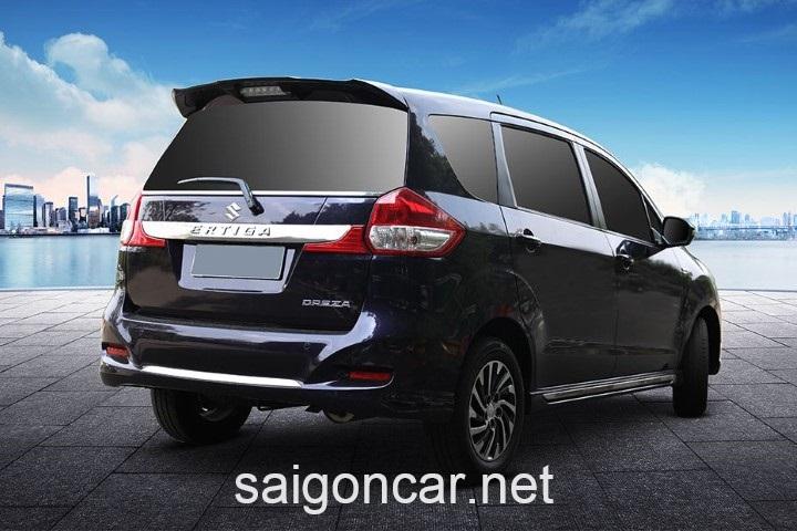 Suzuki Ertiga Den Hau