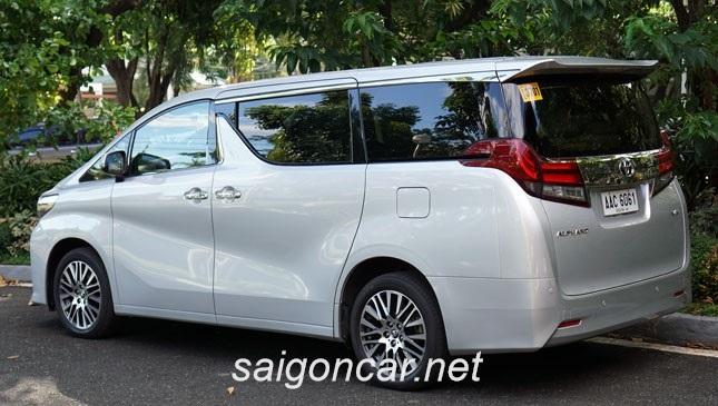 Toyota Alphard Hong Xe