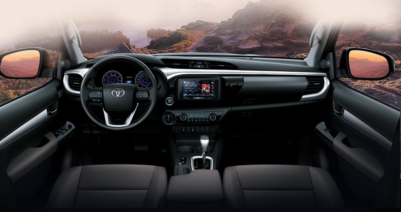 Nội thất Toyota Hilux 2.8 2019