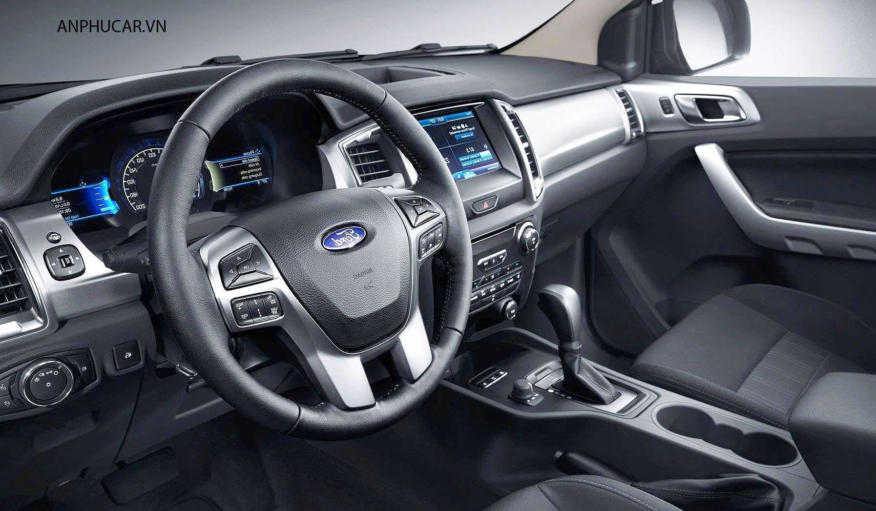 nội thất Ford everest 2020