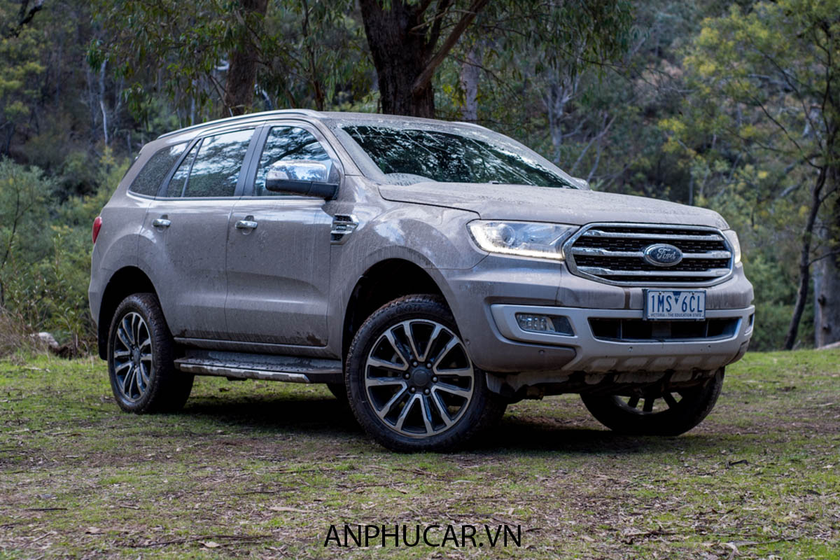 Ford-Everest-Titanium 2020