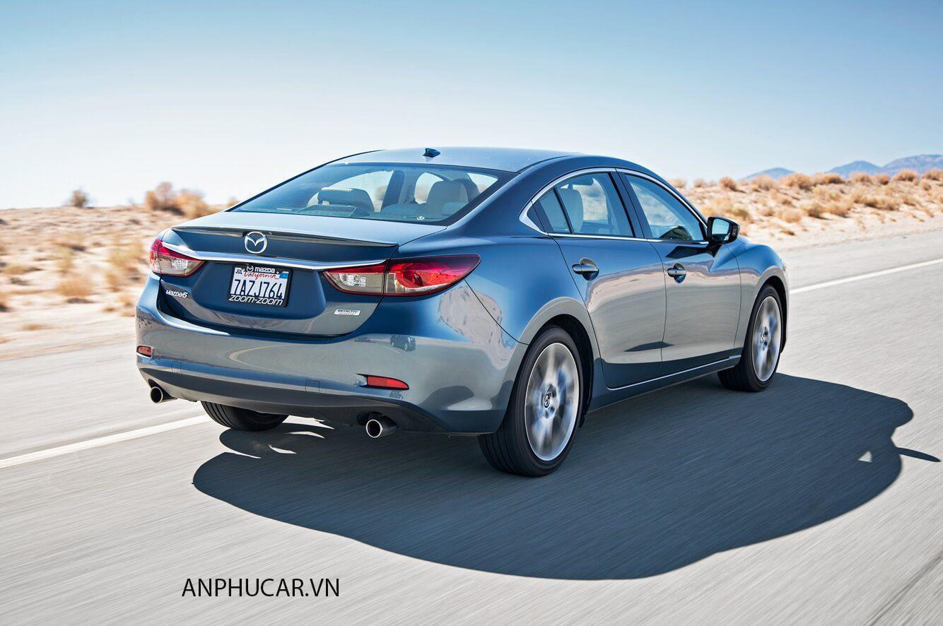 Mazda 6 2020 đuôi xe