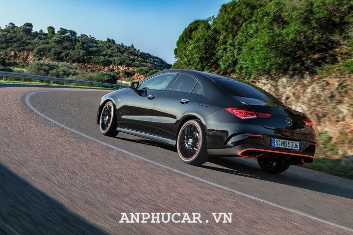 Mercedes - Benz A-Class 2020 Duoi Xe