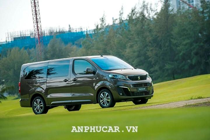 Peugeot Traveller 2020 mua xe