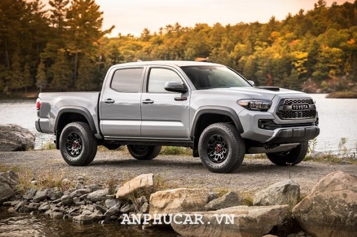 Giá lăn bánh Toyota Tacoma TRD 2020
