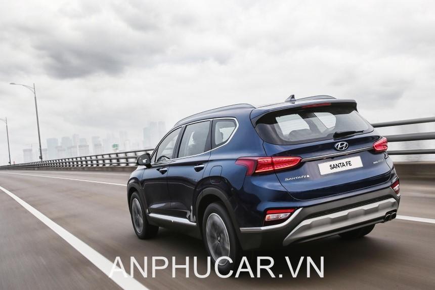 Hyundai Santafe 2020 Duoi Xe