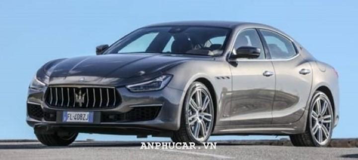 Maserati Quattroporte 2020 khuyen mai