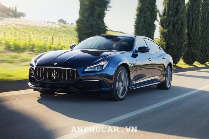 Maserati Quattroporte 2020 mua xe