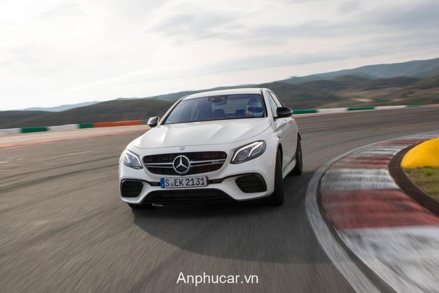 Mercedes AMG E63 2020 Dau Xe