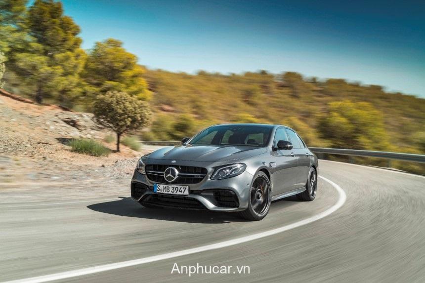 Mercedes AMG E63 2020 Den Xe