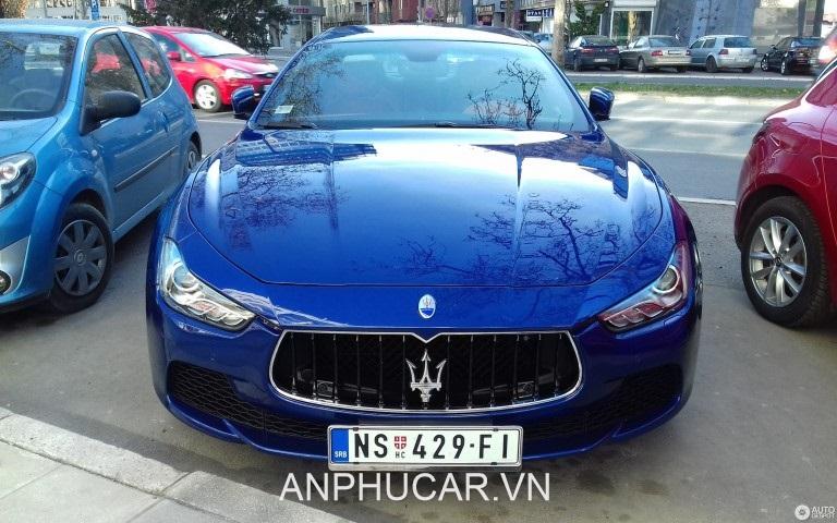dau xe Maserati Ghibli 2020