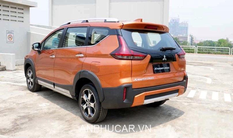 duoi xe Mitsubishi Xpander Cross 2020