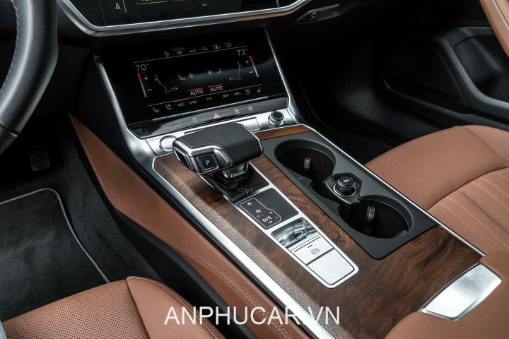 tien ich Audi A6 2020