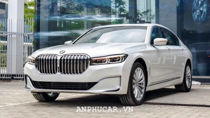 BMW 740Li LCL 2020 van hanh