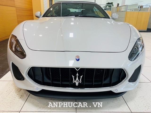 Maserati GranCabrio Sport 2020 mua xe