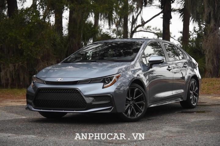 Toyota Corolla 2020 gia bao nhieu