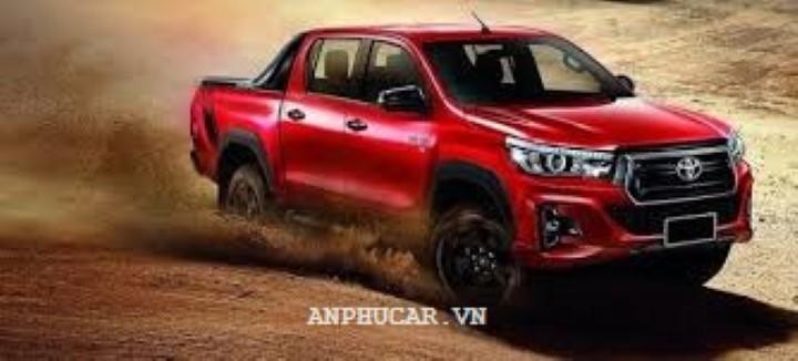 Toyota Hilux 2020 gia lan banh bao nhieu