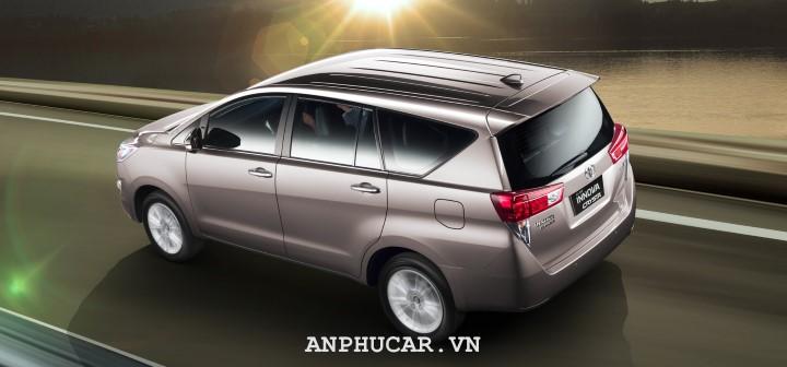 Toyota Innova 2020 khuyen mai mua xe