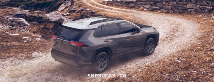 Toyota RAV4 2020 gia lan banh